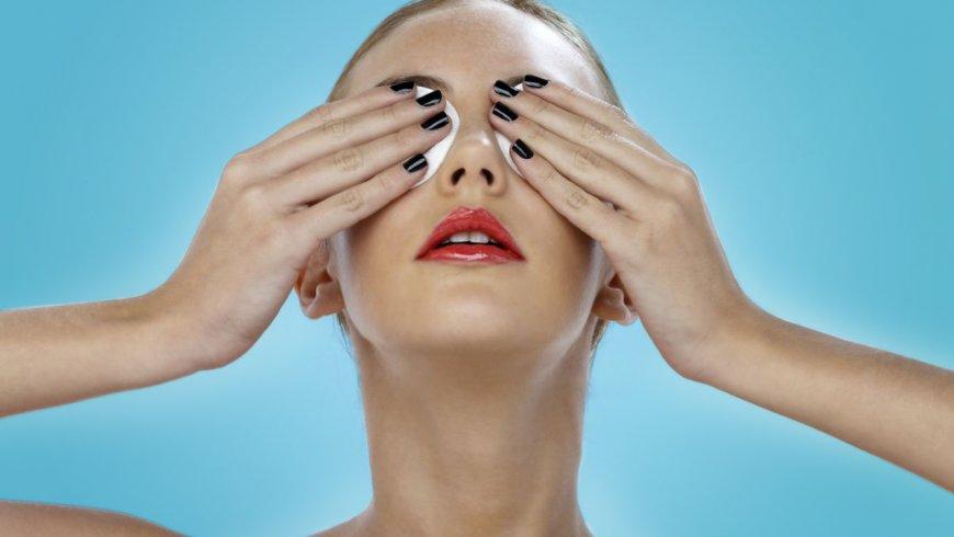 Cansancio Visual: Cierra los ojos.