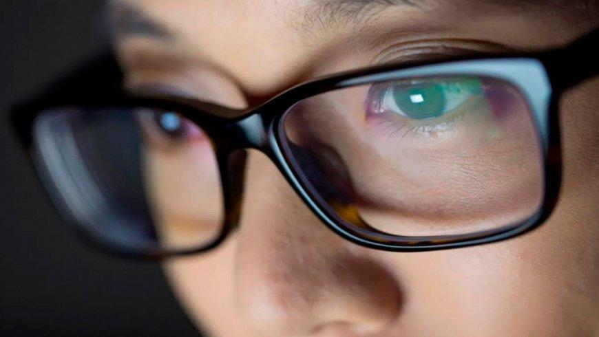¿Cómo podemos cuidar la vista cuando usamos dispositivos tecnológicos?