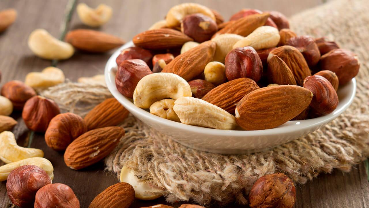 Consumo de antioxidantes y zinc retrasarían la Degeneración Macular Relacionada a la Edad