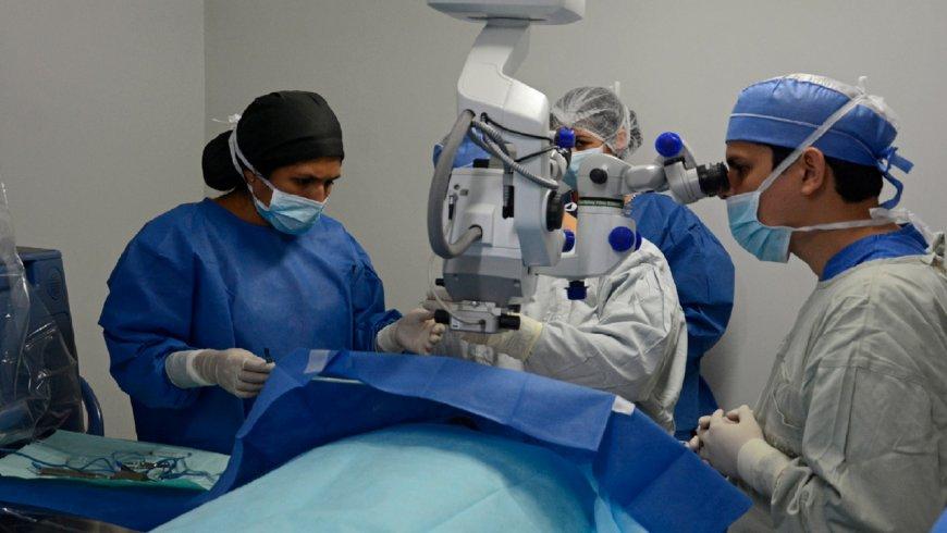 Trasplante de córnea: un procedimiento que pone en espera al Perú y al mundo